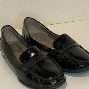 Life Stride Women's Loafers size 8.5 Black